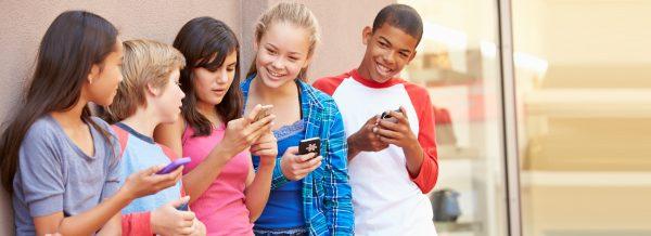 راهکارهایی برای کاهش مصرف موبایل کودکان