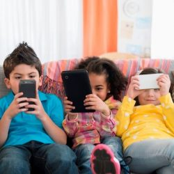 رسانه و کودکان: نکاتی برای والدین