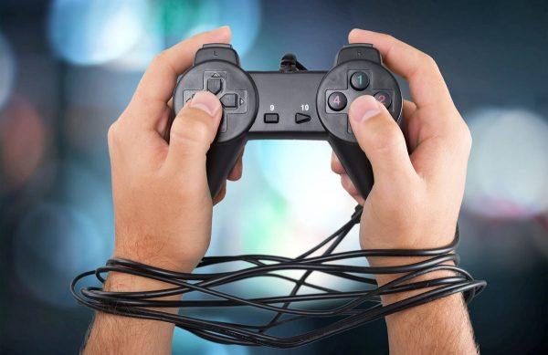 بررسی عوامل موثر بر گرایش به بازی های رایانه ای